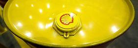 Ölpreis zehrt an Energieriesen: Shell und BP erleiden Gewinneinbrüche