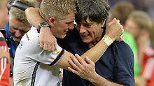 ++ Fußball, Transfers, Gerüchte ++: Löw zieht den Hut vor Schweinsteiger