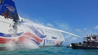 Schiffsunglück vor Puerto Rico: Mehr als 500 Menschen von brennender Fähre gerettet