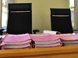 Geständnis zu Prozessbeginn: Ex-BER-Bereichsleiter nahm Schmiergeld an