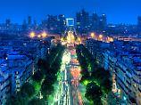 Über 1,5 Milliarden Euro Einbußen: Tourismus in Brüssel und Paris bricht ein