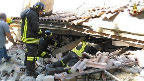Heftige Erdstöße in Zentralitalien: Helfer suchen verzweifelt nach Verschütteten
