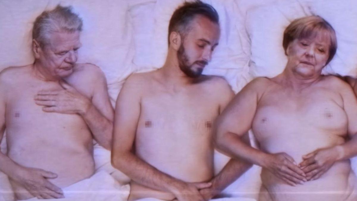 Alice topless Nackt Bilder