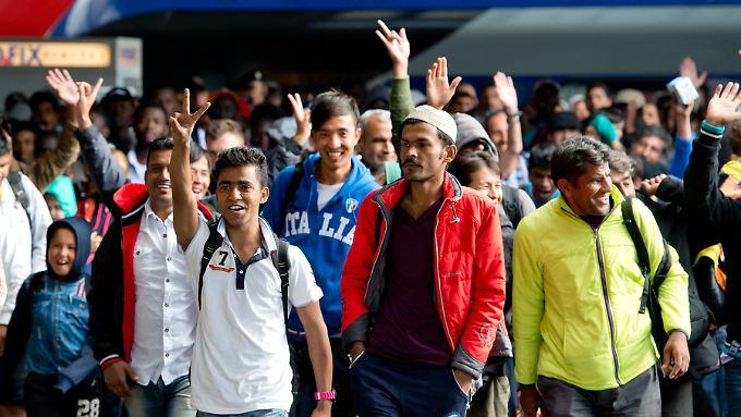Wer als Flüchtling einen subsidiären Schutz genießt, darf seine Familie erst nach zwei Jahren nach Deutschland holen.