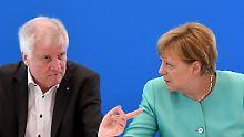 CSU-Chef Horst Seehofer wirft der Kanzlerin vor, seine Warnungen ignoriert zu haben.