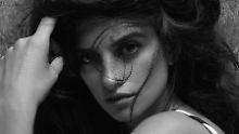 Stars posieren im Kalender: Pirelli macht's mit Schauspielerinnen