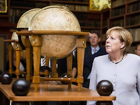 Angela Merkels Macht schwindet - und sie scheint es nicht zu bemerken.