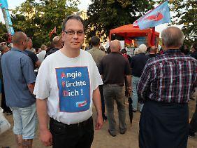 AfD-Anhänger beim Wahlkampfabschluss der Partei in Mecklenburg-Vorpommern.