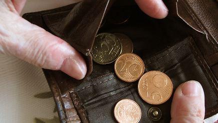 Über 60 jahre alt in armut