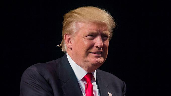 Das Symptom der Selbstidealisierung trifft auf Donald Trump sicherlich zu.