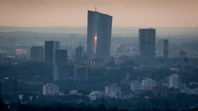 Die EZB drückt die Zinsen - überall.