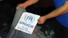 Hilfslieferungen nach Syrien gestoppt: Angriff auf Hilfskonvoi entzweit USA und Russland