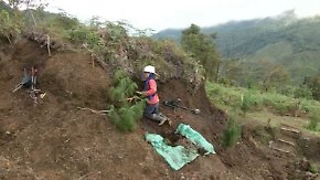 Tödliche Gefahr in Kolumbien: Frauen sind die Spezialisten unter den Minenräumern