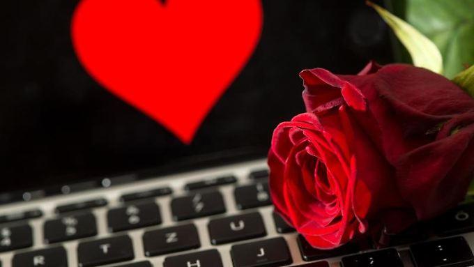Fake profile die an dating seiten werben