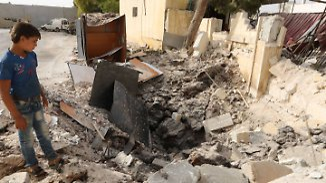 Hilfsgüter erreichen den Norden: Menschen in Syrien verzweifeln im Bombenhagel