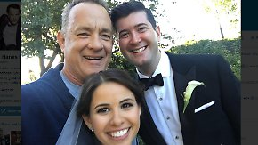 Promi-News des Tages: Tom Hanks crasht Hochzeitsfoto