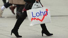 Kleine Betriebe ausgeklammert: Einigung zur Lohngleichheit stößt auf Kritik
