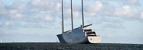 Giga-Luxus für Gaga-Milliardäre: Weltgrößte Segel-Yacht aus Kiel erprobt