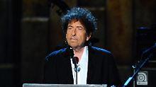 Umfragen: Nobelpreis für Dylan - was halten Sie davon?