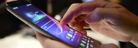 Hacker greifen Smartphones an: Cyberkriminalität erwischt jeden Zweiten