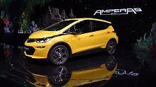 Der Opel Ampera-e wird für den Moment zum Reichweitenkönig unter den Elektroautos.