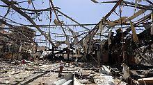 """Saudi-Arabien gibt Bombenangriff zu: Tod von 140 Menschen war """"Irrtum"""""""