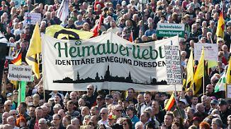 Rechtspopulismus auf dem Vormarsch: Merkel soll's in Europa richten