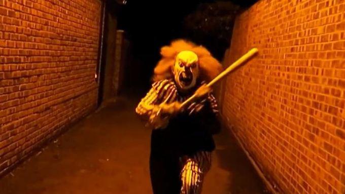 gruselph nomen erreicht nrw bewaffneter horror clown erschreckt m nner n. Black Bedroom Furniture Sets. Home Design Ideas