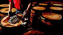 Mitarbeitern geht es nicht ums Geld: Whiskey-Brenner bestreiken Jim Beam