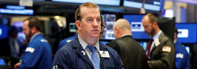 Wochenplus im Dax, aber keine Rally: Dollarstärke drückt Dow ins Minus