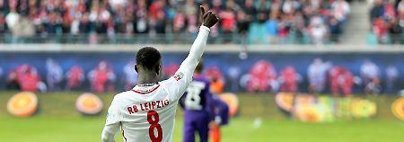 Aufsteiger bleibt ungeschlagen: RB Leipzig ist jetzt erster Bayern-Jäger