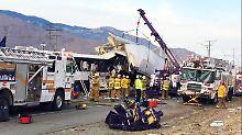 Schwerer Crash in Kalifornien: 13 Menschen sterben bei Busunglück