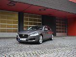 Der Jaguar XF ist die britische Antwort auf Mercedes E-Klasse und den 5er BMW.
