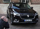 Zurück in die Heimat: Borgward baut E-Auto-Werk in Bremen