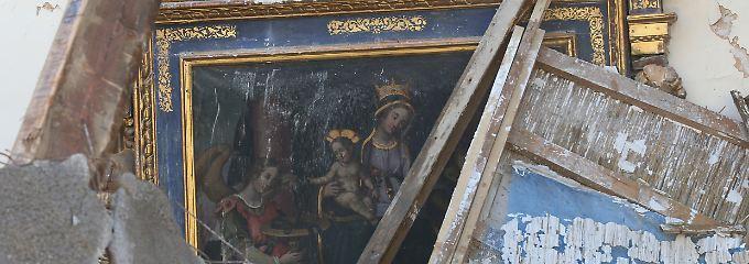 Die Kirche St. Antonio in Visso wurde bei dem Beben schwer beschädigt.