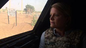 n.tv-Reporterin Svenja Kleinschmidt auf Patrouille in Mali.