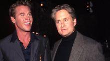 """""""Es sieht nicht gut aus"""": Michael Douglas sorgt sich um Val Kilmer"""
