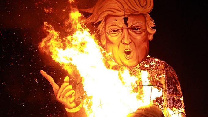 Eine mögliche Präsidentschaft Donald Trumps erzeugt bei einigen Kritikern Weltuntergangsstimmung.