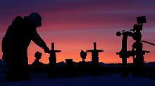 Rubel und Börse steigen: Russland freut sich über den Ölpreis