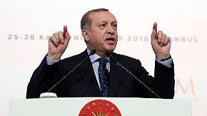 EU-Beitrittsgespräche auf Eis?: Erdogan droht mit Platzen des Flüchtlingsdeals