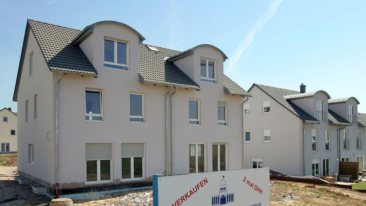 Nachbarn Mit Gemeinsamer Wand: Warum Ein Doppelhaus Bauen