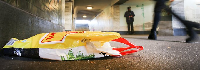 Sauberkeit für Sicherheit: Glanz am Gleis - Bahn schrubbt die Bahnhöfe