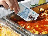 Veganer und Tierschützer empört: Neue britische Banknoten enthalten Tierfett