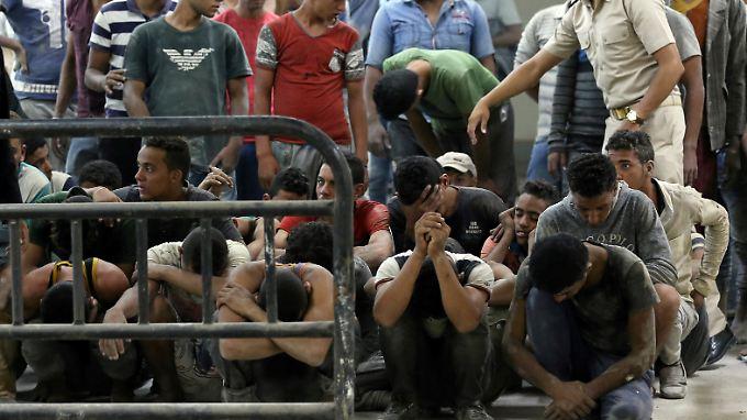 Diese Flüchtlinge wurden von einem vor Ägypten gekenterten Boot gerettet. Berlin plant, künftig solche, die die Überfahrt geschafft haben, wieder zurückschicken zu lassen.
