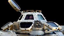 Genießt den Blick aus der Kuppel der ISS und will noch viel weiter ins All hinausfliegen: Esa-Astronaut Alexander Gerst.