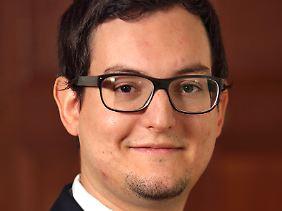 Julian Rappold ist Mitarbeiter der Deutschen Gesellschaft für Auswärtige Politik, sein Fachgebiet ist unter anderem Südeuropa.