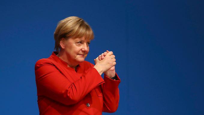 Angela Merkel bittet ihre Partei, ihr weiter zu folgen.