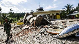 Schwere Schäden in Indonesien: Dutzende Menschen kommen bei Erdbeben ums Leben