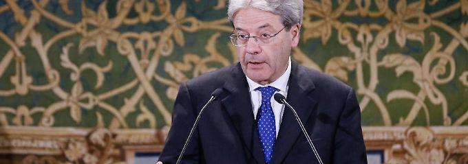 Krisenbank beschleunigt Einigung: Außenminister ist Favorit für Renzi-Nachfolge