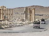 Die syrischen Regierungstruppen mussten sich aus der Oasenstadt zurückziehen.